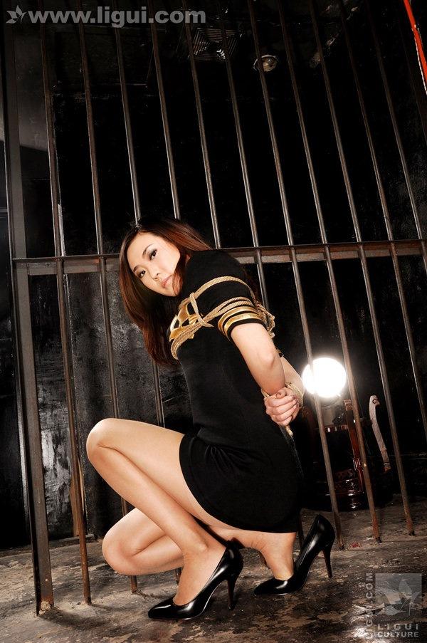 [Ligui丽柜]2010.04.19 监狱中的唯美捆绑 model coco[23P/14.6M]